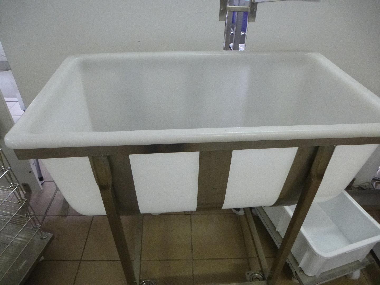 kunststoffwanne f r frisch und weichk se 200 liter mit ablauf k sereibedarf leidinger. Black Bedroom Furniture Sets. Home Design Ideas